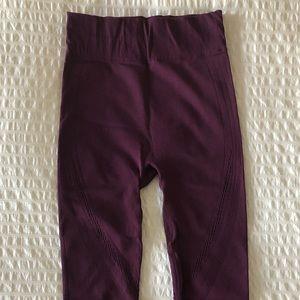 Fabletics seamless crop workout pants